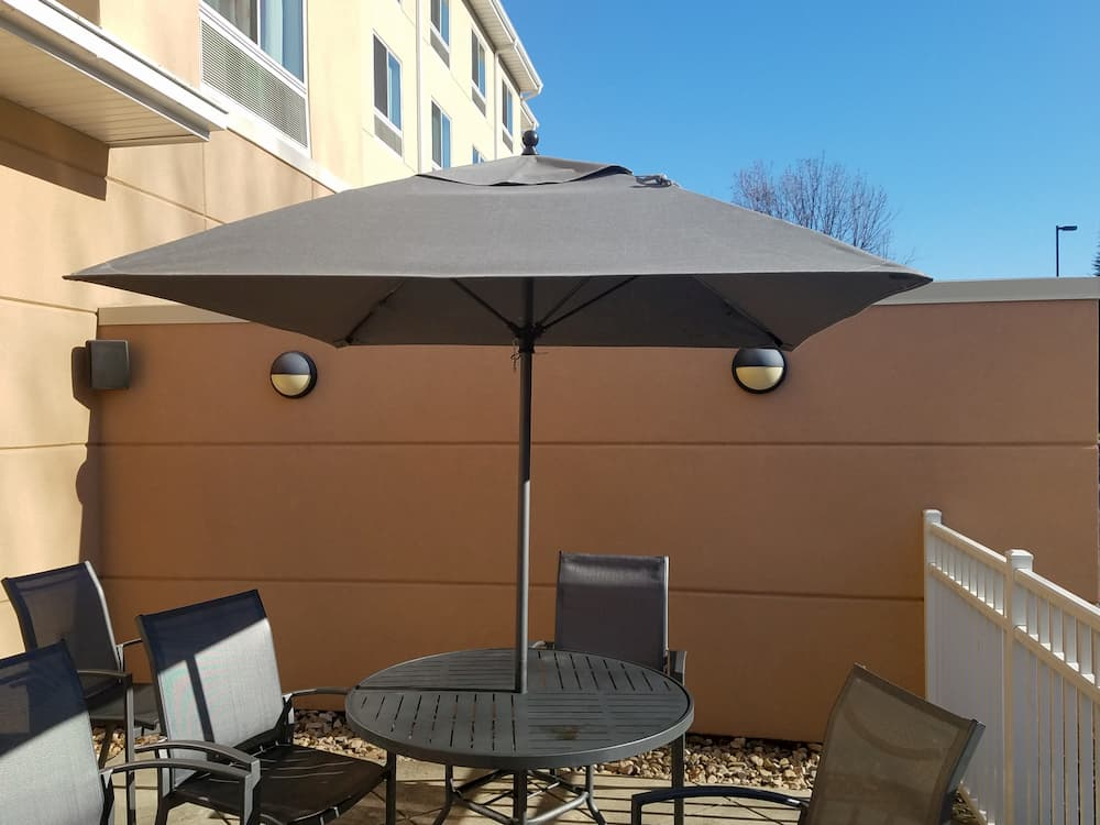 Champagne umbrella
